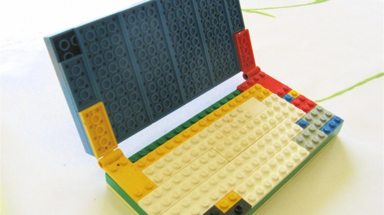 """Lego laptop"" (CC BY-NC 2.0) by Giles Turnbull on Flickr"