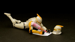 En stormtrooper som skriver