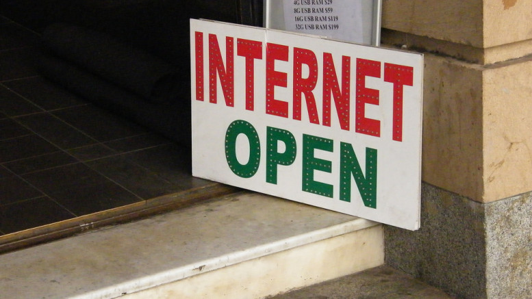 """Internet Open"" (CC BY 2.0) by Blaise Alleyne on Flickr"