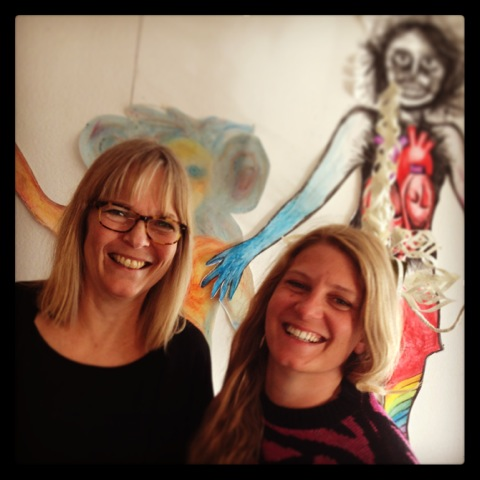 Lisa Liljegren och Tova Björkquist. Foto: AC Collin.